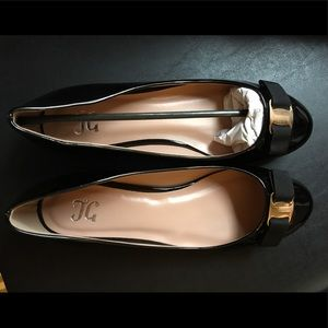 Shoes - NEW! Black Patent Leather Flats 🥿